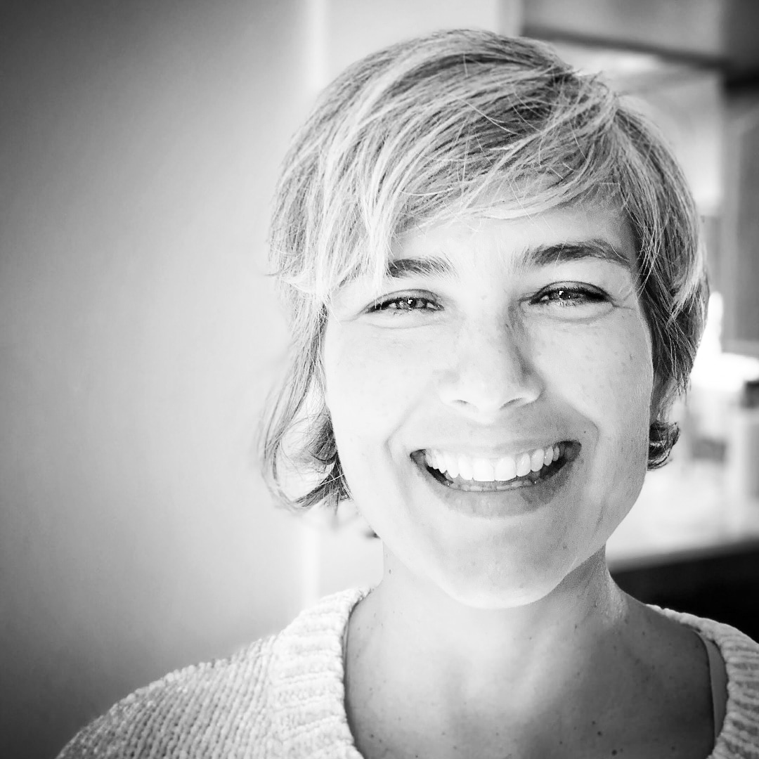 Laura Tate Founder of Crackerjack Scribe